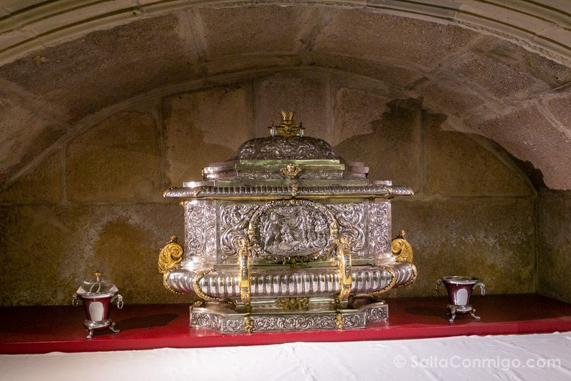 Catedral de Alcala de Henares Cripta Urna Reliquias