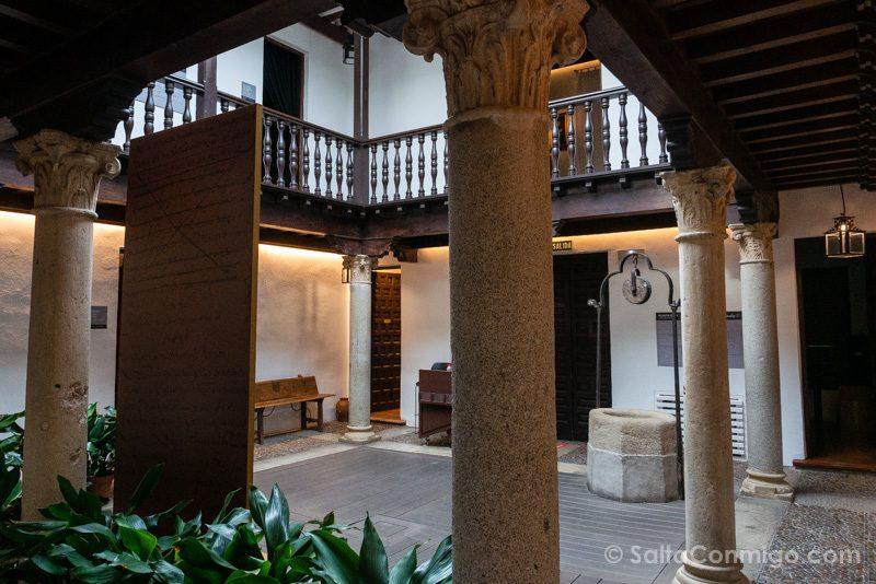 Que Visitar en Alcala de Henares Museo Casa Natal Cervantes Patio
