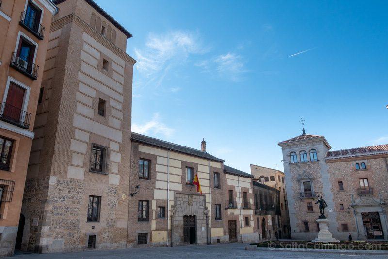 Que Ver en Madrid de los Austrias Plaza Villa Torre Lujanes