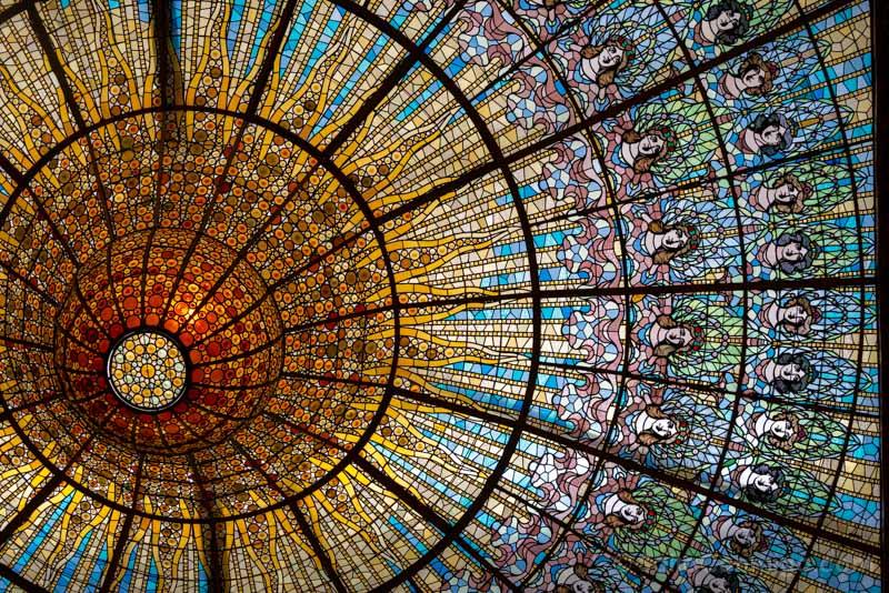 Visita Palau de la Musica Catalana Lampara Claraboya
