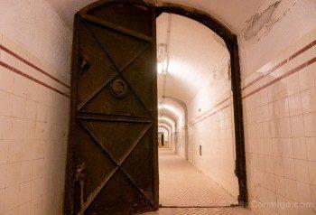 Bunker El Capricho Puerta Hermetica