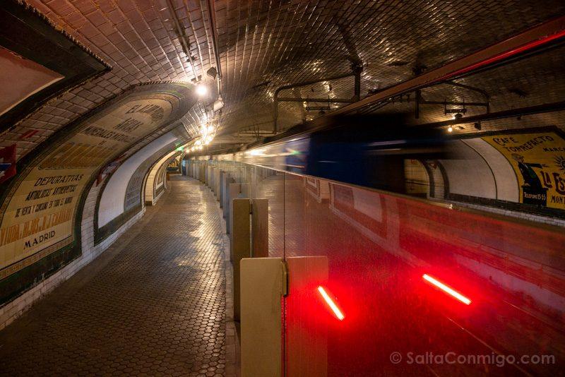Estacion Fantasma Chamberi Anden Convoy
