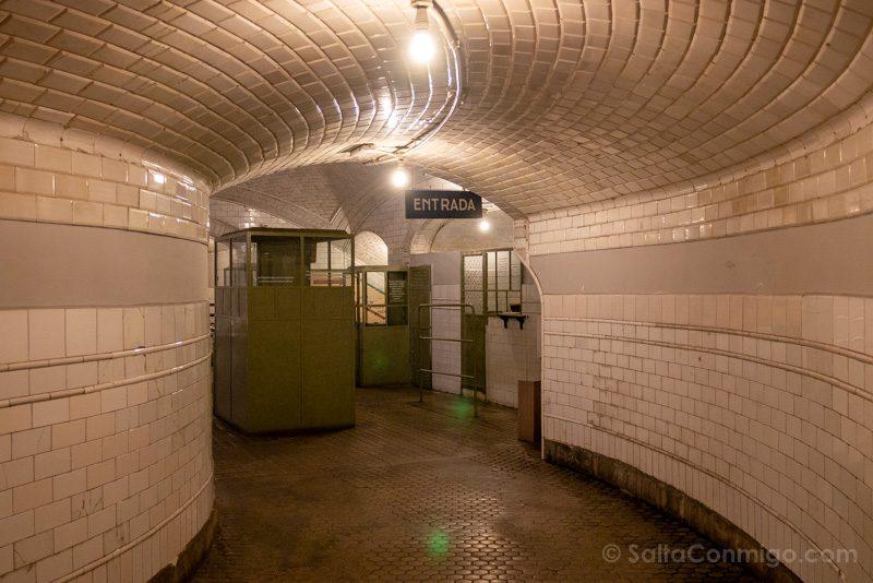Estacion Fantasma Chamberi Pasillo Entrada