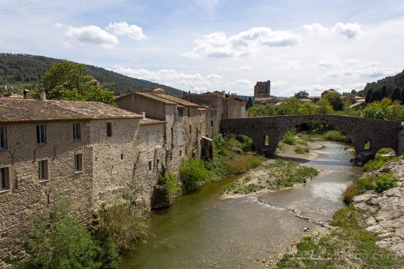 Pueblos De Francia Occitania Lagrasse Rio Orbieu