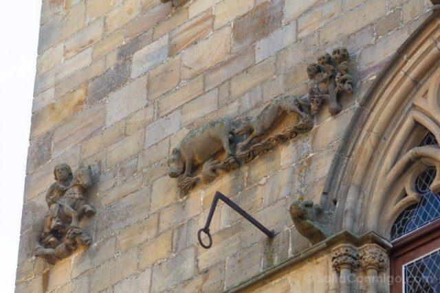 Que Visitar En Cordes-sur-Ciel Fachada Gotica Maison Grand Veneur Escena Caza