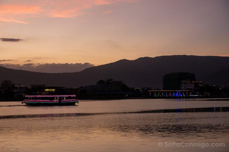 Que Ver En Kampot Barcos Luciernagas