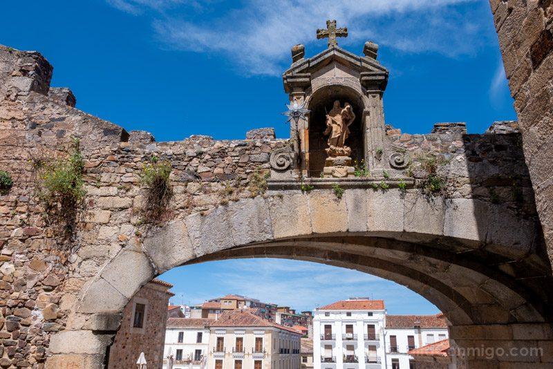 Turismo En Caceres Arco Estrella Virgen