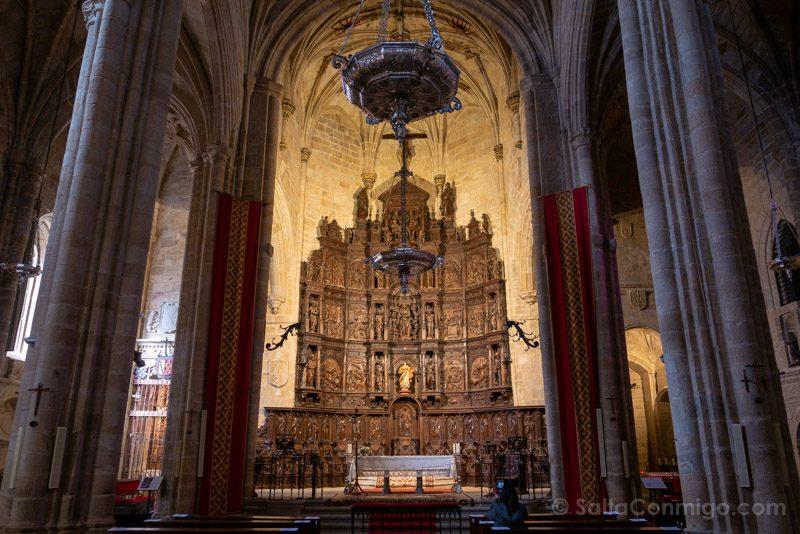 Que Hacer En Caceres Concatedral Santa Maria Retablo