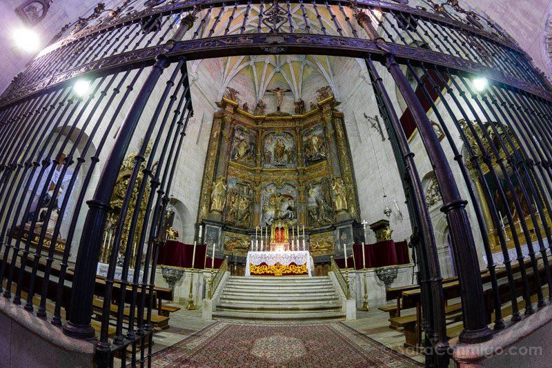Que Visitar En Caceres Parroquia Santiago Mayor Altar