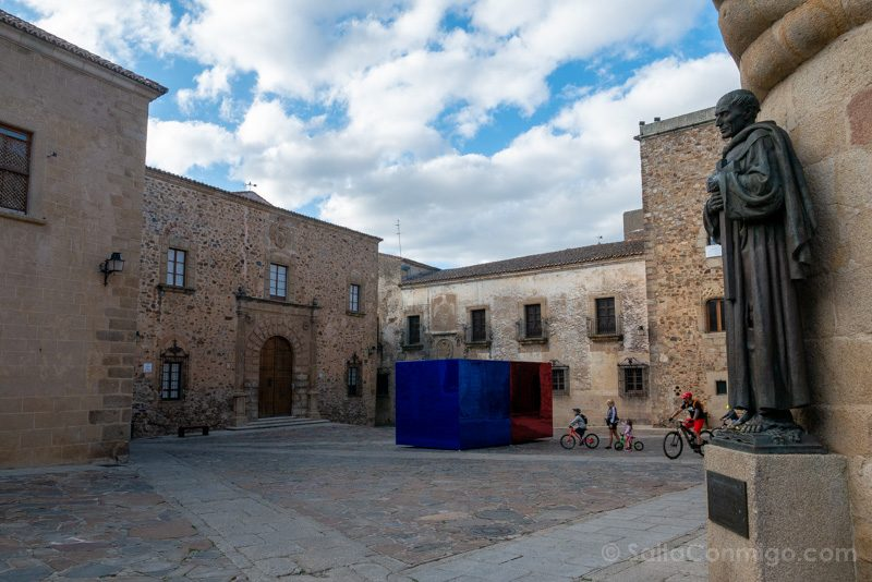 Que Visitar En Caceres Plaza Santa Maria