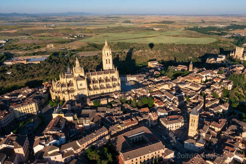 Volar Globo Segovia Catedral