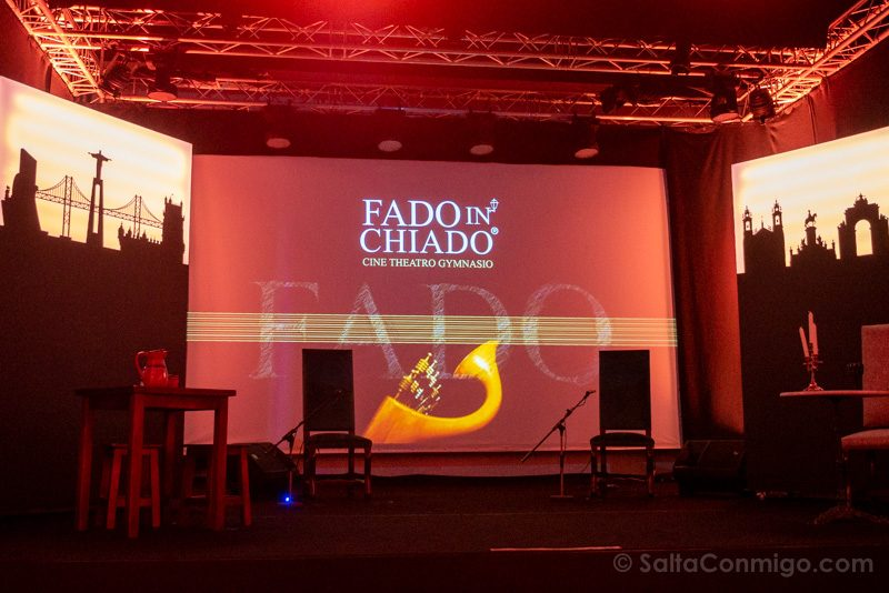 Fado en Lisboa Fado in Chiado Escenario