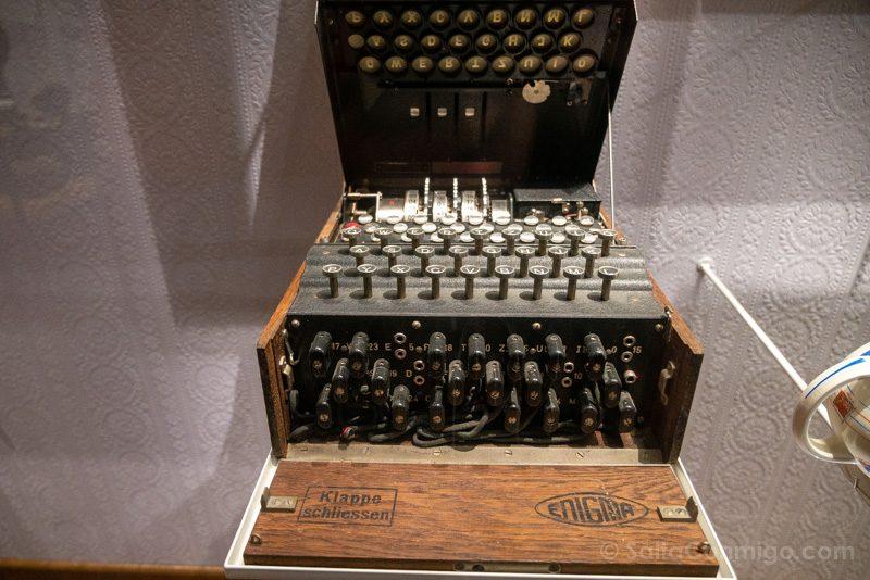 Memorial de Caen Guerra Mundial Maquina Enigma