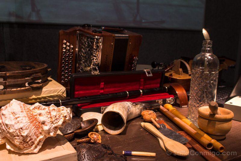 Museos de Gijon Muséu del Pueblu d'Asturies Instrumentos Musicales