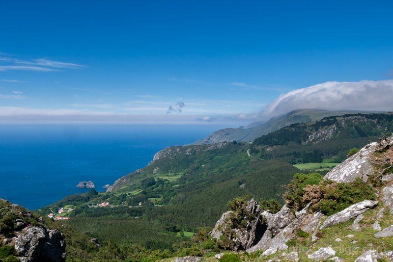 Serra da Capelada Acantilados Nubes Orograficas