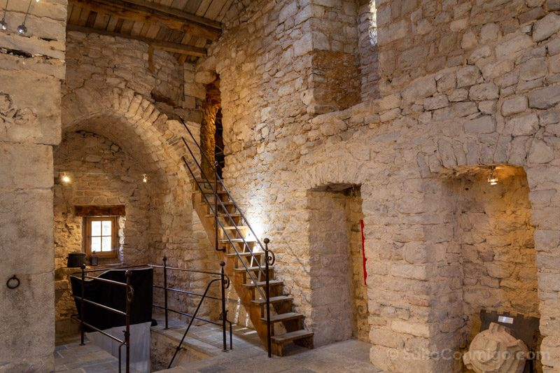 Templarios en Francia La Cavalerie Acceso Camino Ronda