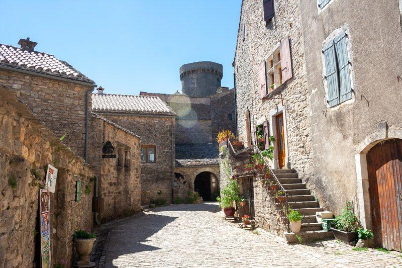 Templarios en Francia La Couvertoirade Calles