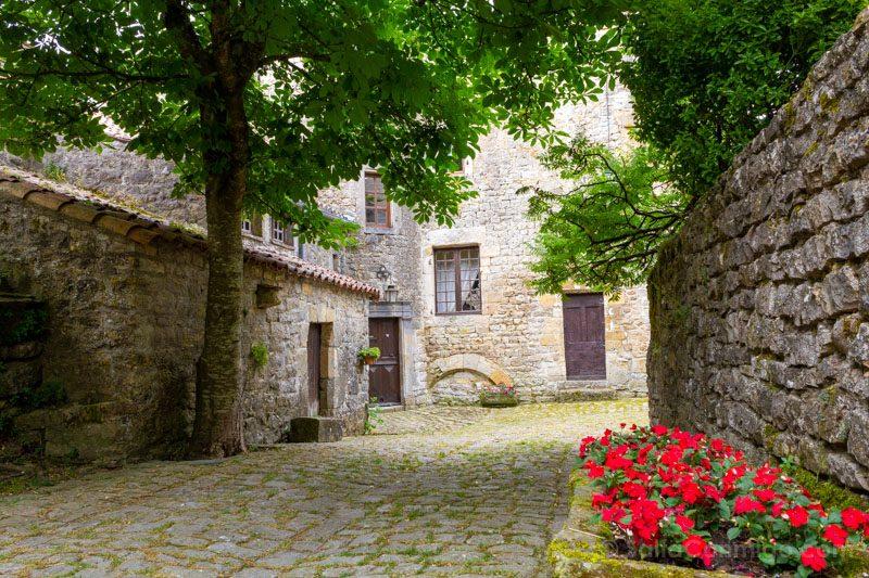 Templarios en Francia Saint-Jean d'Alcas Calle