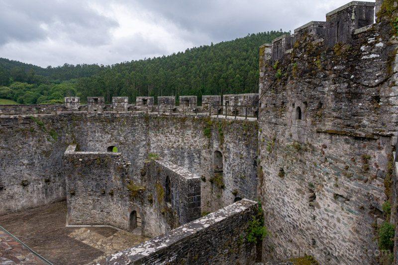 Castillo de Moeche Camino Ronda Adarve
