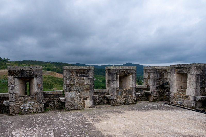 Castillo de Moeche Torre Homaneje Vista