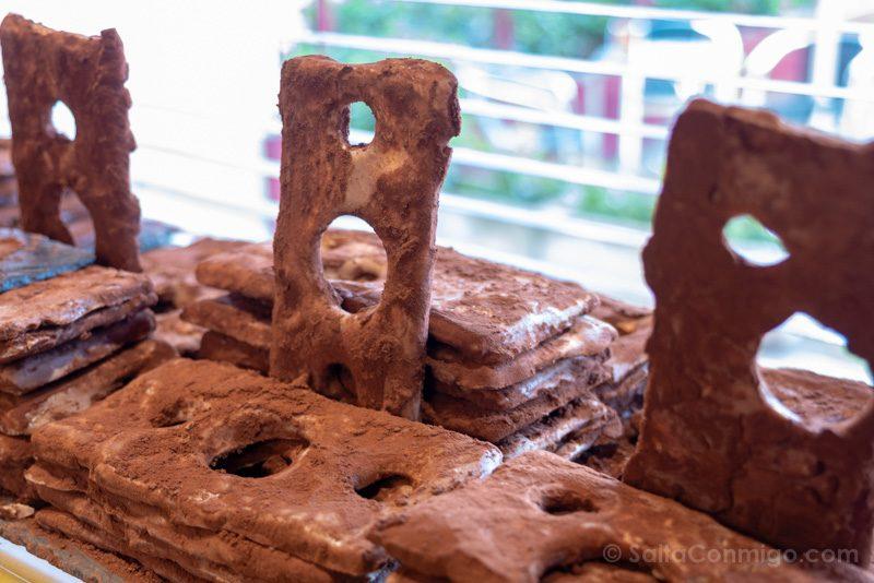 Donde Comer En Gijon Pasteleria Biarritz Chaponas