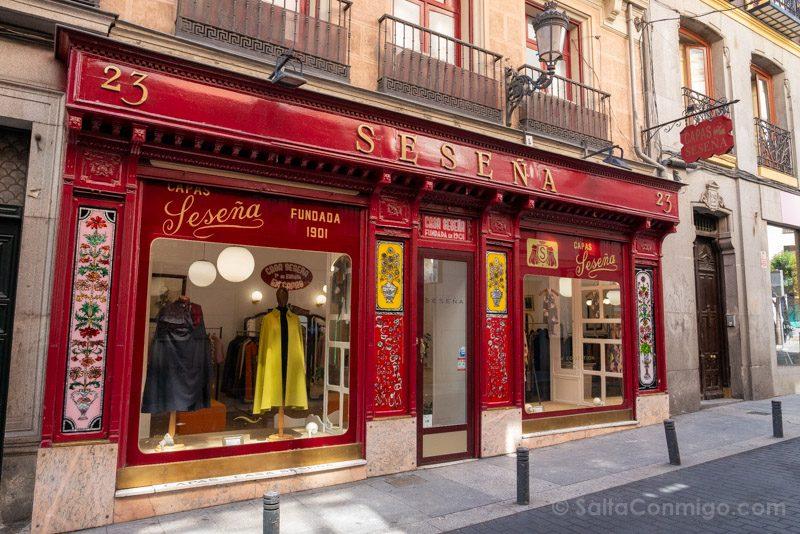 Que Ver En El Barrio De Las Letras Madrid Capas Sesena