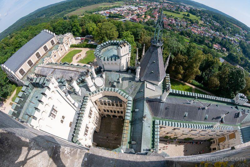 Castillo De Hluboka nad Vltavou Torre Palacio