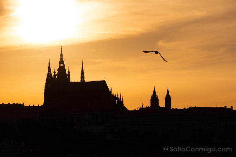 Miradores de Praga Ayuntamiento Viejo Castillo Atardecer